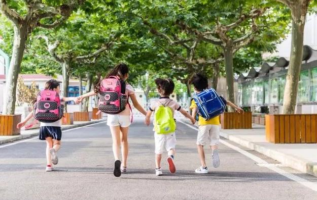 不同阶段的孩子如何投保?有哪些投保窍门?