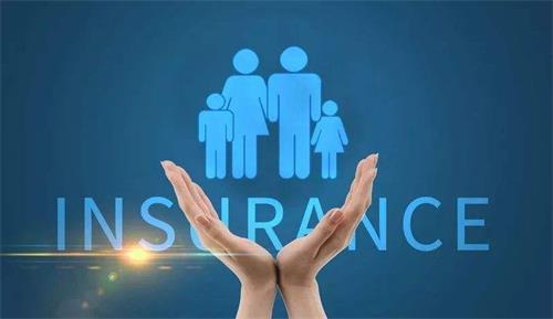 不同年龄,健康保险如何选?