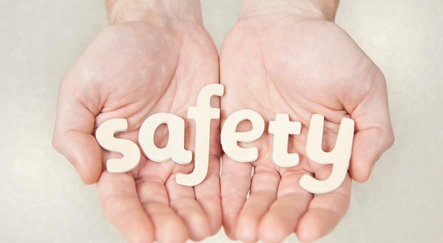 儿童和老人两大弱势群体该如何买保险?有哪些投保小诀窍?